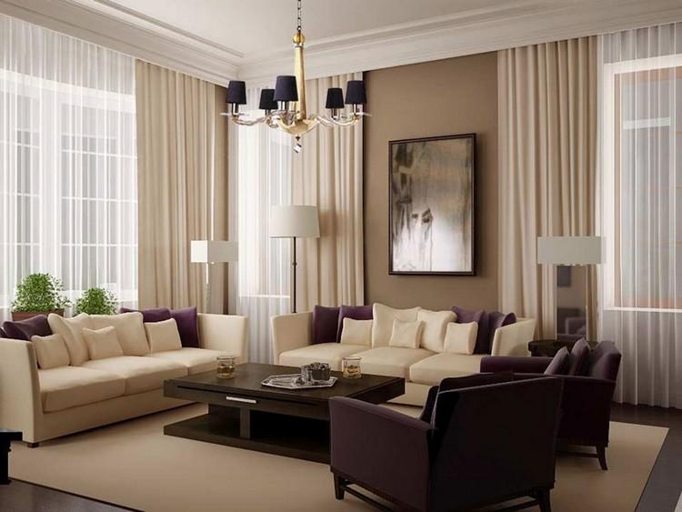 Светлые однотонные шторы в гостиной