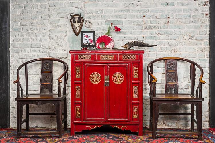 Комод в интерьере гостиной: как правильно выбрать функциональную мебель (50 фото)
