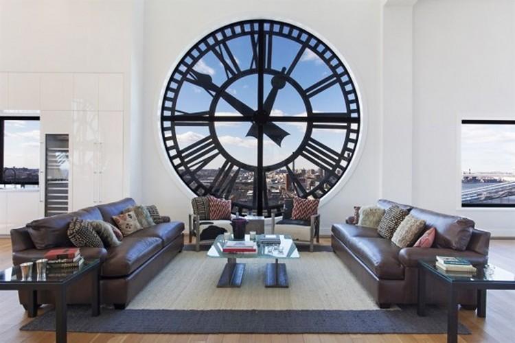Часы в интерьере гостиной: напольные, настенные, каминные, настольные и не только (53 фото)