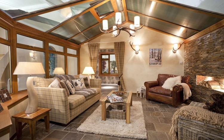 Декоративные светильники интерьере в гостиной: различные идеи правильного освещения +  фото