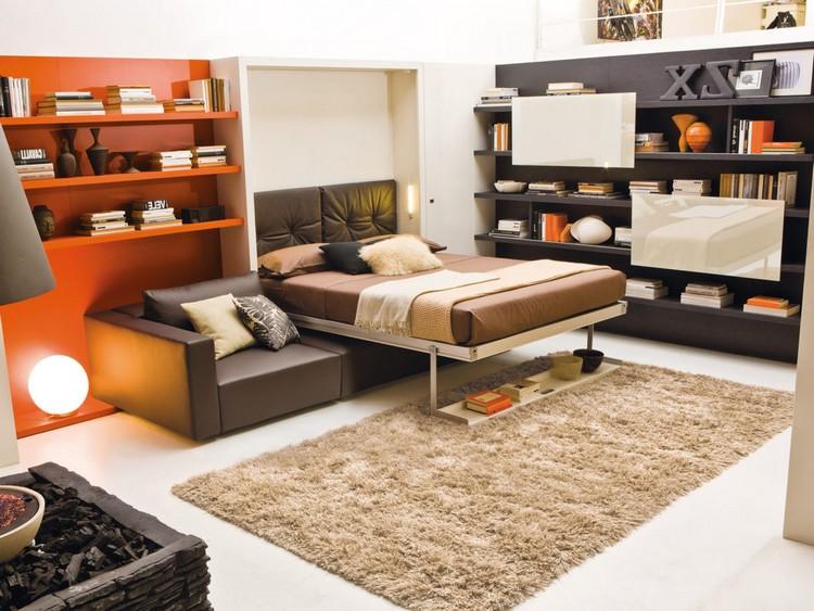 Трансформирующийся диван-кровать