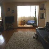 Балкон и лоджия в гостиной: рекомендации и идеи по декору помещения (25 фото)
