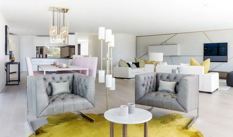 Как разместить два одинаковых кресла в гостиной: теплый семейный отдых порознь (25 фото)